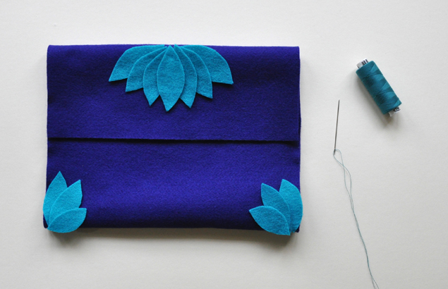 how to make a felt clutch tutorial 7