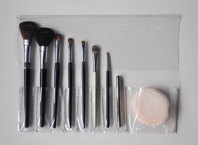 DIY tutorial - PVC make up brush holder 14