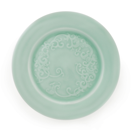 Song dinner plate by Latitude22N